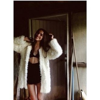 coat fur coat beige cream big coat oversized coat braclets bralette skirt skort shorts tumblr outfit tumblr sweater tumblr girl on point on point clothing
