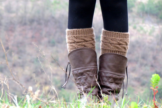 Knitted Boot Cuff  Woman   Tan Beige Short Cable von EmofoFashion