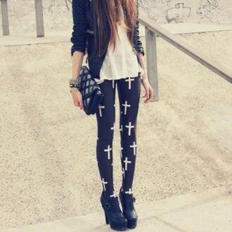 leggings grunge black tumblr printedleggings hipsta rood roodleggings beautiful pushup