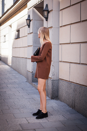 chaloth,blogger,fall colors,rust,sweater dress,fall outfits