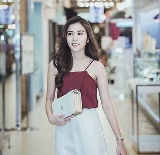 top red kao suppassra fashion trendy style girly top girly girly wishlist outfit tumblr outfit outfit dress date outfit ootd bordeaux white skirt thailand thai baggy bag bag instagram