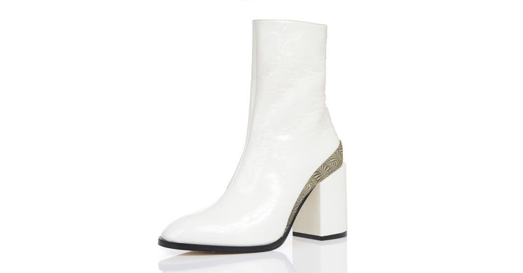 SPIRIT BOOTS, white by Dear Frances