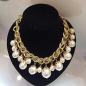 jewels,pearl,gold,sassy