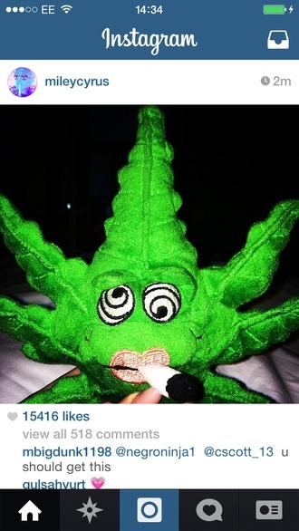 bag teddy miley cyrus weed