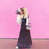 t-shirt,blogger,blogger style,maxi skirt,printed skirt,boho,hippie,band t-shirt,oversized cardigan