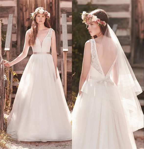 Dress mikaella bridal 2063 backless wedding dress sexy for Vintage backless wedding dresses