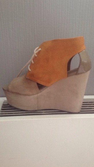 shoes wedge divided beige shoes wedge shoes