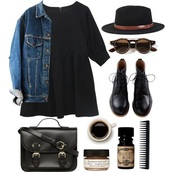 dress,shoes,black,black boots,boots,winter outfits,cold,fall outfits,jumper,t-shirt