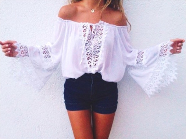 blouse crochet white t-shirt shirt necklace shorts denim indie summer outfits denim shorts High waisted shorts high waisted long sleeves off the shoulder summer accessories jewels Accessory jewerly