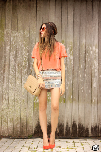 fashion coolture blogger summer outfits mini skirt oversized t-shirt top skirt bag sunglasses shoes