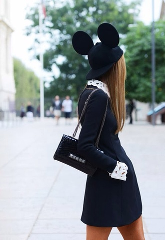 hat mickey mouse black