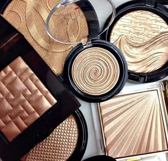 make-up makeup palette makeup brushes bronzer make up palette makeup palettes eyeshadow palette gold highlight gold glitter mac cosmetics laura nude beige