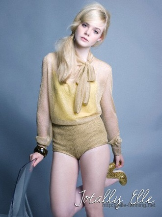 shorts elle fanning style blouse cute platforms ponytail blonde hair 60s style