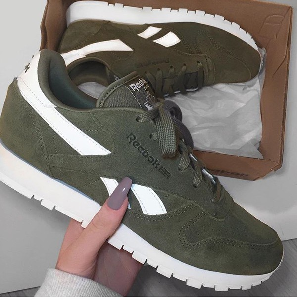 shoes reebok reebok classic olive green suede sneakers. Black Bedroom Furniture Sets. Home Design Ideas