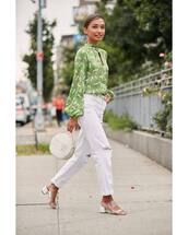 top,printed blouse,long sleeves,mules,ripped jeans,white jeans,handbag,round bag