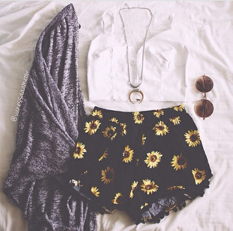 shorts outfit spring summer floral sunny dress flowered shorts