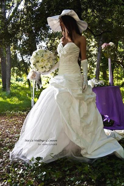 dress wedding dress hat bouquet shabby chic