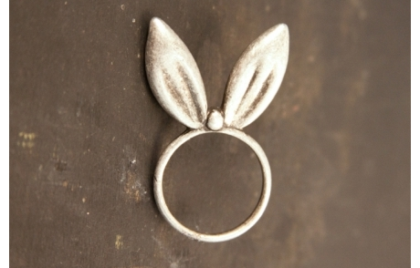 Cheap Thrill: Bunny Ear Ring