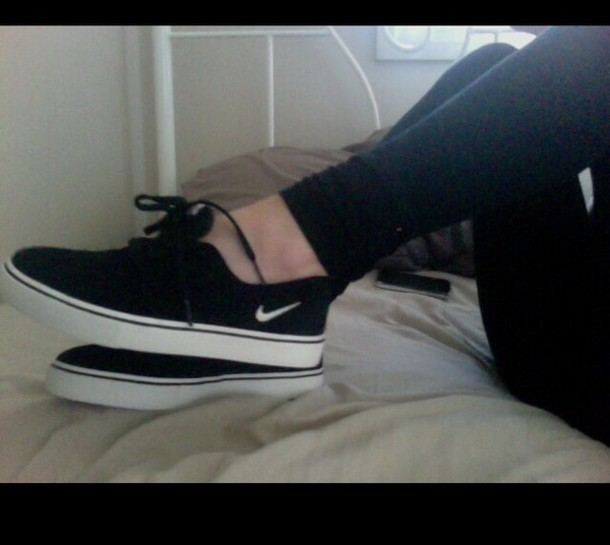 shoes, black, white, black and white, nike shoes, nike sb