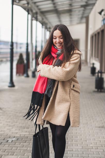 9b52b6adcaa3e coat tumblr camel camel coat scarf stripes tights opaque tights bag black  bag tote bag winter