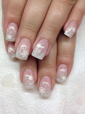 nail polish holiday nail art christmas holiday season holidays nail art nails nail art