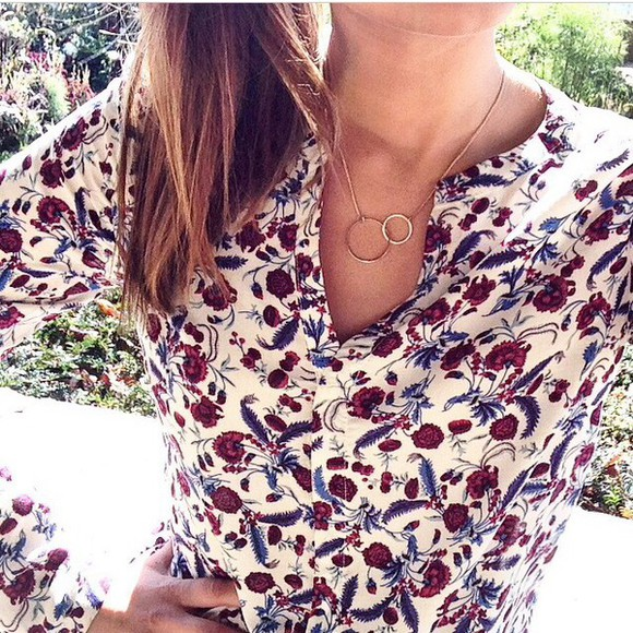burgundy shirt white jewels gold flowers flower print flower floral shirt floral necklace gold necklace round necklace