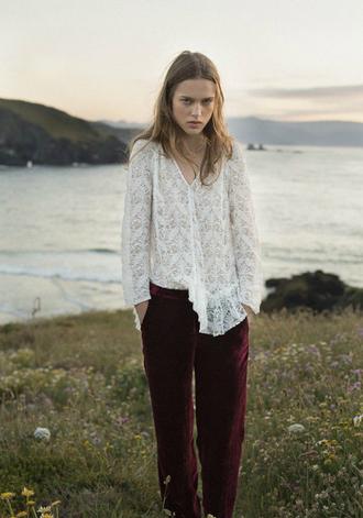 lady addict blogger pants red velvet velvet pants velvet