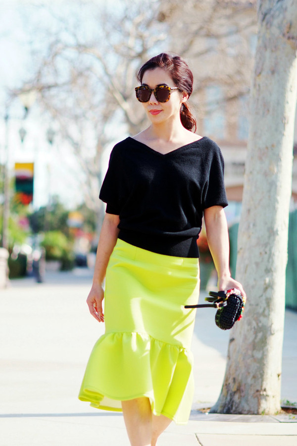 hallie daily skirt bag shoes sunglasses
