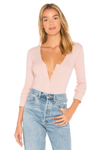 long v neck blush top