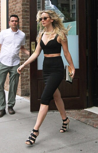 skirt jennifer lawrence two-piece sandals crop tops high waisted summer outfits all black everything