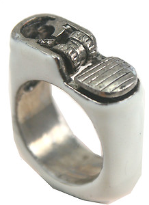 Smoke cigarette lighter white silver ring size 7