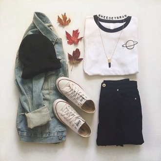white t-shirt space