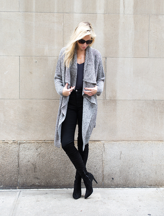 yael steren blogger long cardigan grey cardigan high waisted jeans