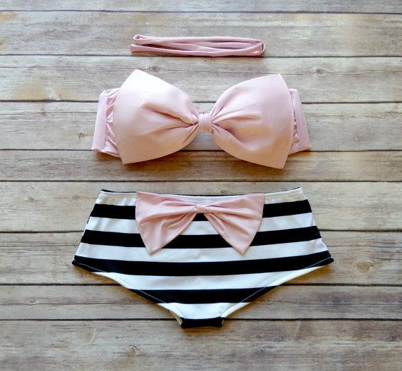 Bow Bandeau Bikini  Cheeky Boy Short Style Swimwear   par Bikiniboo