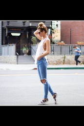 jeans,denim,shirt,tank top,shoes,ripped jeans,sunglasses,slit,long,blogger,vans,printed vans,top,plaid slippers,weekend outfits,white top,blue jeans,slippers,plaid,black sunglasses,bun,summer outfits