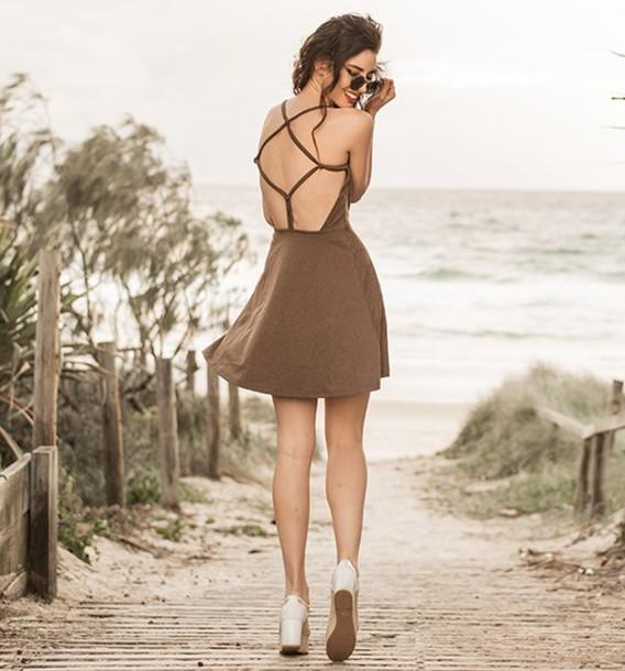dress fashion summer beach blogger fashionista open back holidays brown short dress summer dress outfit strappy girl cute skater dress stylemoi