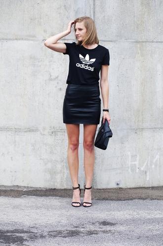 katiquette blogger bag leather skirt adidas originals black sandals