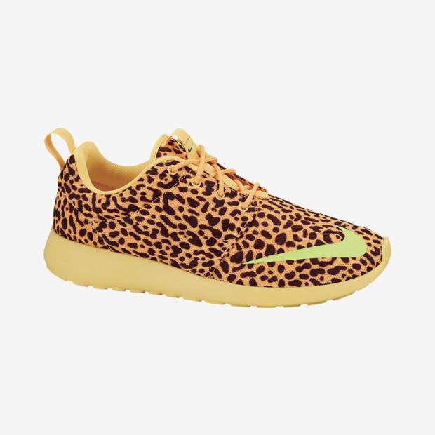 Nike Roshe Run FB Men's Shoe. Nike Store