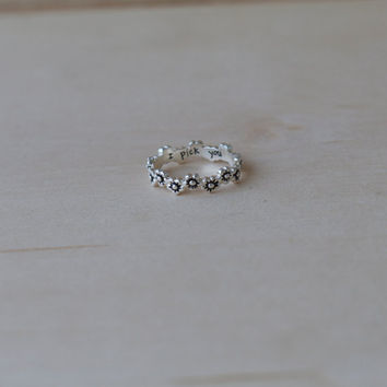 Sterling Silver I Pick You Flower Ring