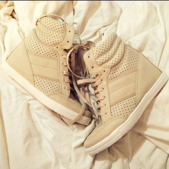 shoes hidden wedge laces tumblr pretty beige wedge sneakers cute shoes tall one