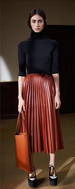 skirt leather pleated