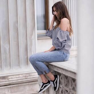 top tumblr off the shoulder off the shoulder top gingham denim jeans blue jeans sneakers vans vans outfits shoes