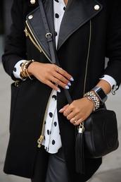 coat,nail polish,knuckle ring,crossbody bag,polka dots,black and white,bag