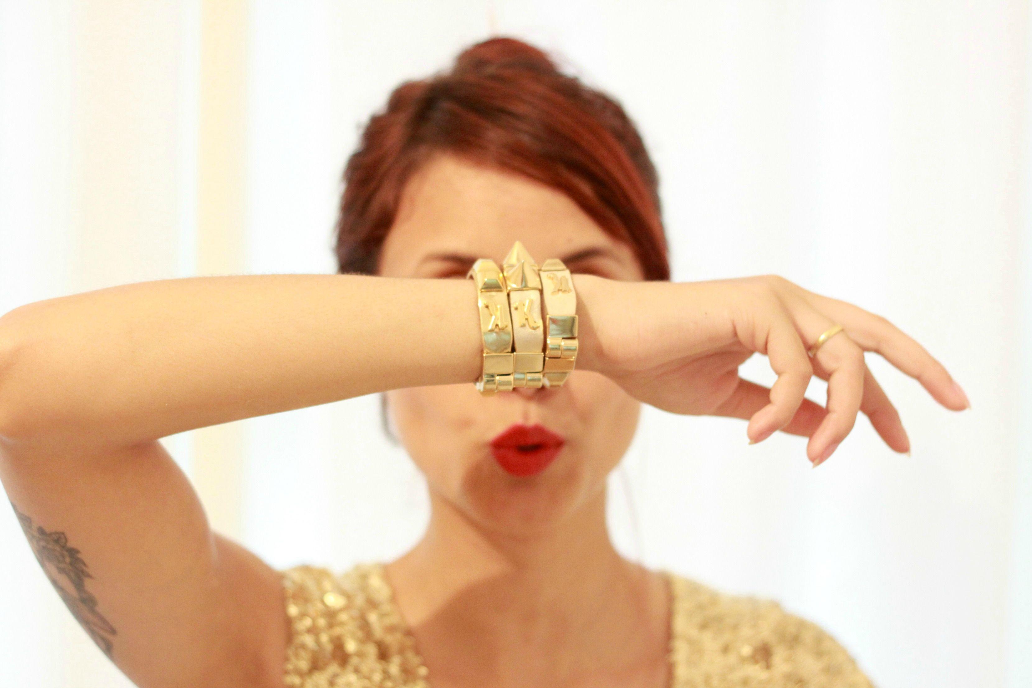Romwe Golden Dress, Bottero Boots, Kafé Acessórios Bracelets - Hello 2014! - Glena Martins   LOOKBOOK