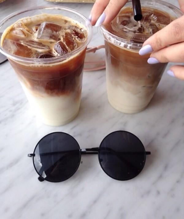 jewels glasses sunglasses black circle shades sun eye eye wear sunglasses nail polish round vintage hippie black sunglasses round sunglasses hipster