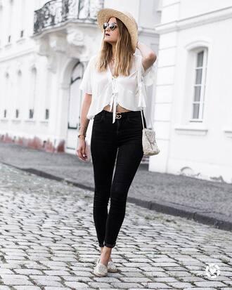 shirt hat tumblr white shirt white crop tops crop tops denim jeans black jeans shoes sun hat bag
