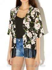 cardigan,kimono,half sleeves,half-sleeved,floral,floral kimono,fringe kimono,fringes,black,pink,pink floral,black floral,black kimono,shorts