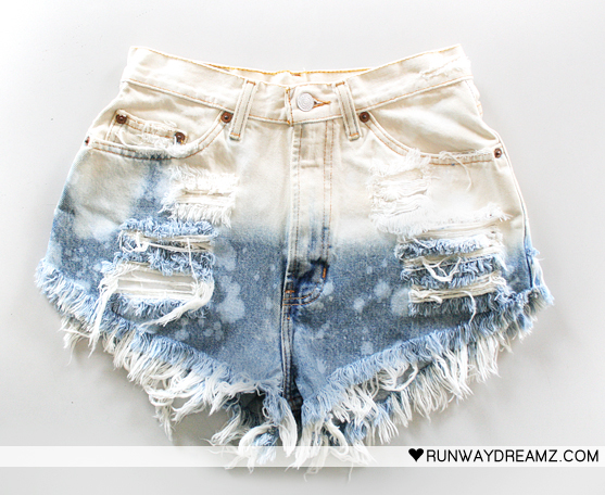 Vtg bleached high waisted cut off frayed denim shorts