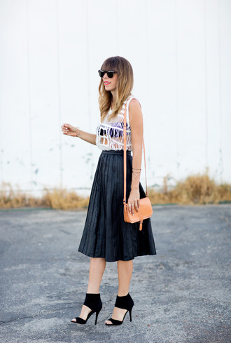 a house in the hills skirt t-shirt shoes sunglasses bag jewels