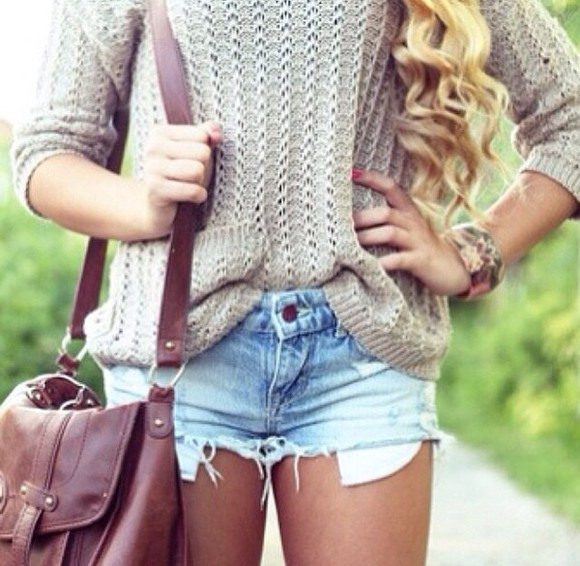 sweater brown bag jeans shorts
